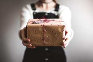 Holiday Gift Giving: How to Avoid Overspending